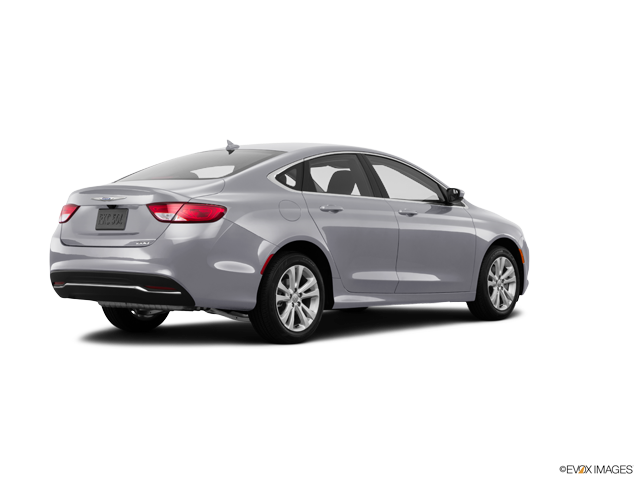 2016 Chrysler 200 Limited   Sioux Falls, SD, Billet Silver Metallic Clear Coat (Silver), Front Wheel