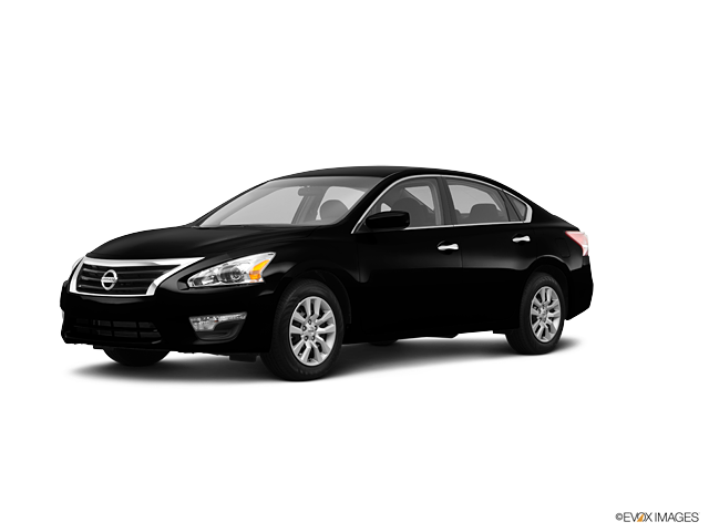 2013 Nissan Altima 2.5, Super Black (Black), Front Wheel