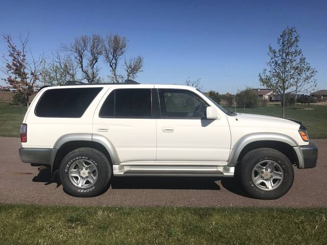 2001 Toyota 4Runner SR5, Natural White (White), 4 Wheel
