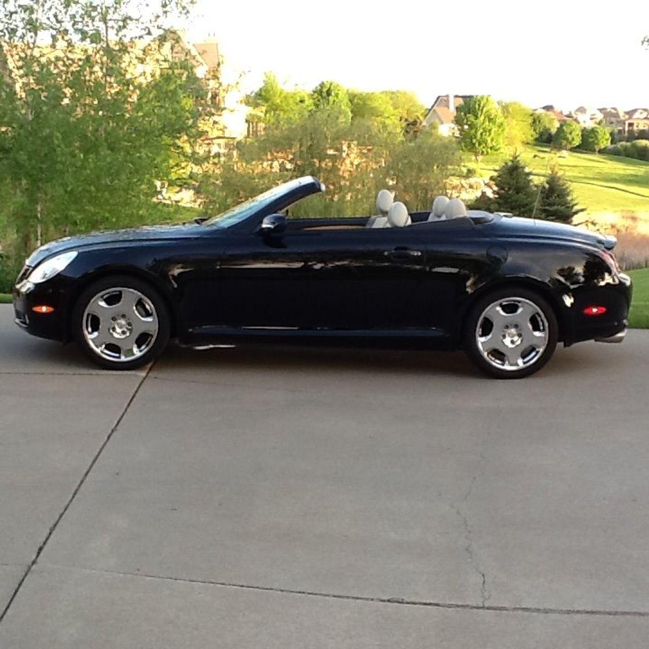 2002 Lexus SC 430 Base | Sioux Falls, SD, Black Onyx (Black), Rear Wheel