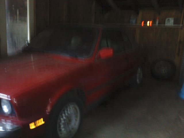 1987 BMW X1, Red & Orange