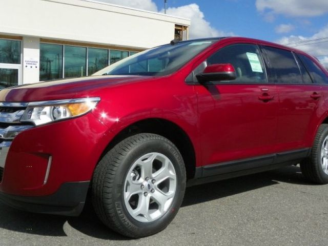 2013 Ford Edge SEL, Ruby Red Metallic Tinted Clear Coat (Red & Orange), All Wheel