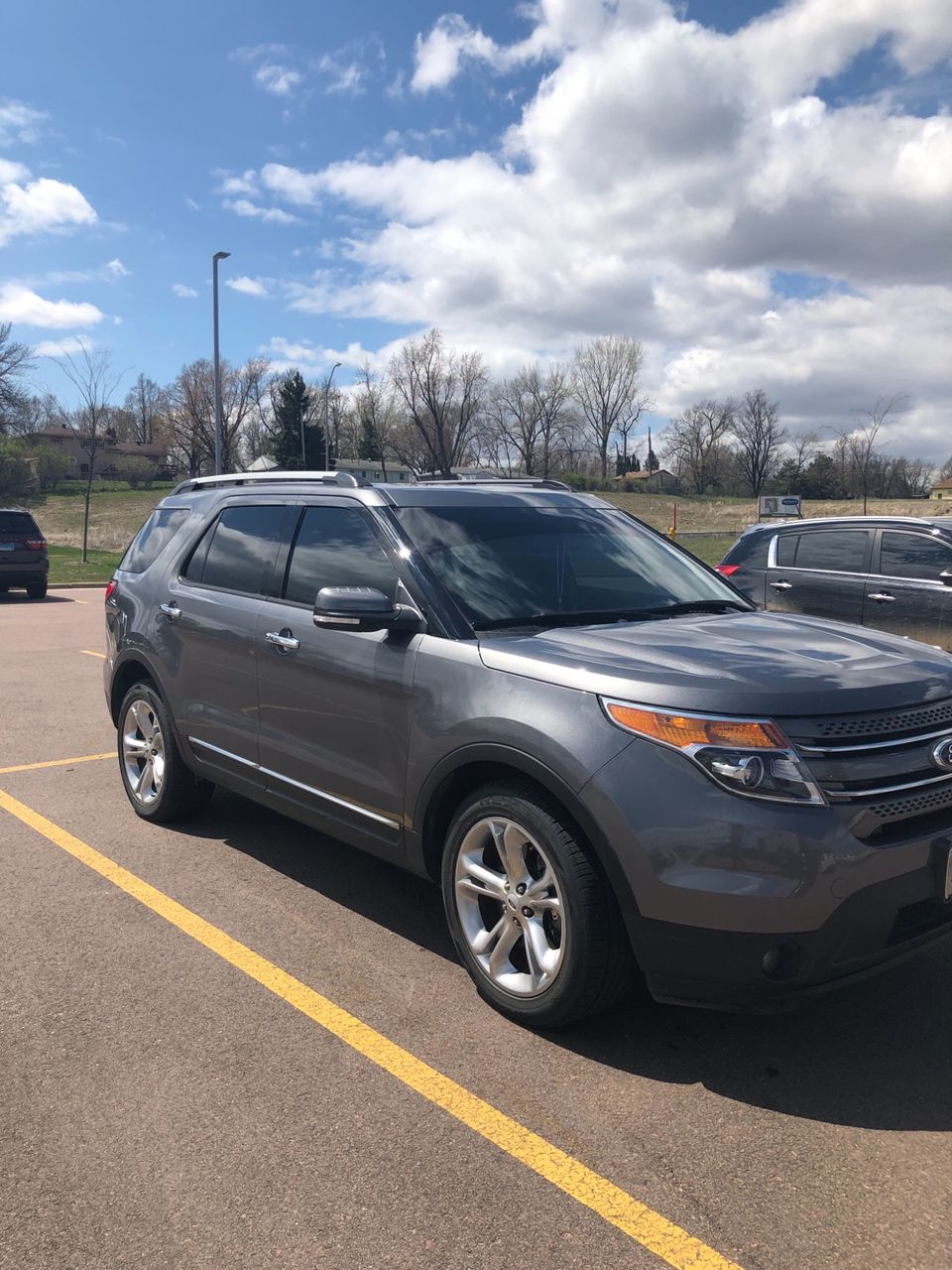 2014 Ford Explorer Limited   Larchwood, IA, Sterling Gray Metallic (Gray), All Wheel