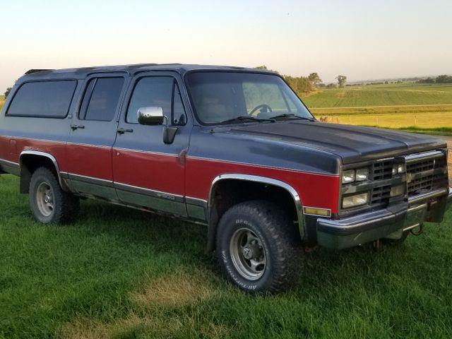 1989 Chevrolet Suburban V10, Red & Orange, 4 Wheel