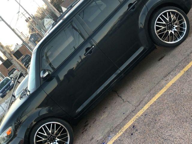 2010 Scion xB, Black Sand Pearl (Black), Front Wheel