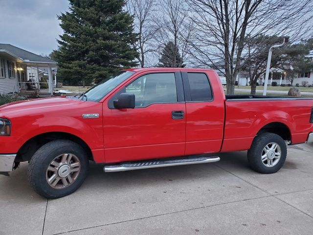2006 Ford F-150 XLT, Bright Red Clearcoat (Red & Orange), 4 Wheel