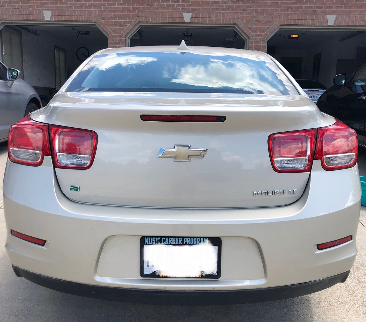 2014 Chevrolet Malibu LT | Saint Henry, OH, Champagne Silver Metallic (Brown & Beige), Front Wheel