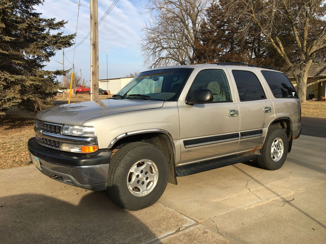 2005 Chevrolet Tahoe LT   Marion, SD, Sandstone Metallic (Brown & Beige), 4 Wheel