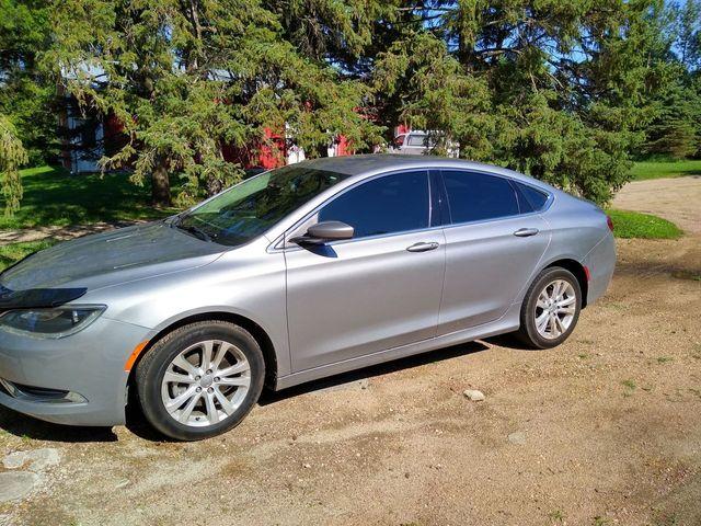 2016 Chrysler 200 Limited, Billet Silver Metallic Clear Coat (Silver), Front Wheel