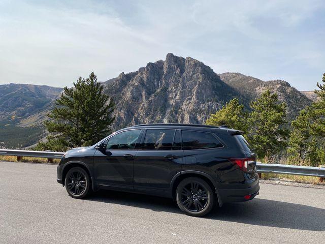 2020 Honda Pilot Black Edition, Crystal Black Pearl (Black), All Wheel