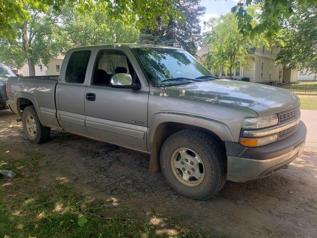 2000 Chevrolet Silverado 1500 LS, Light Pewter Metallic (Gray), 4 Wheel
