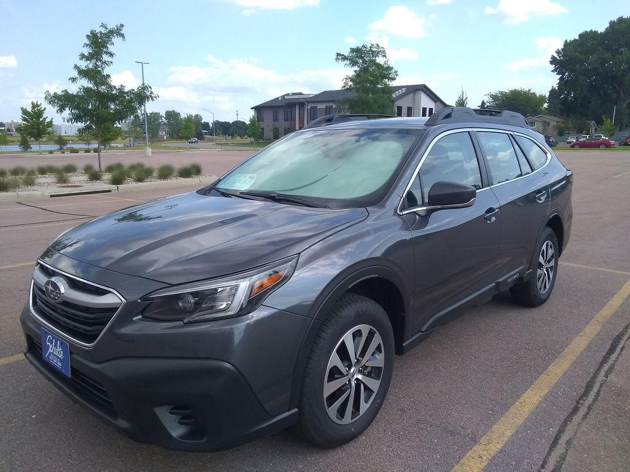 2021 Subaru Outback Base   Sioux Falls, SD, Magnetite Gray Metallic (Gray), All Wheel