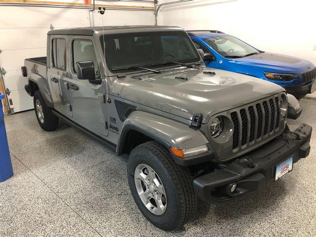 2021 Jeep Gladiator Freedom, Sting-Gray Clear Coat (Gray), 4X4